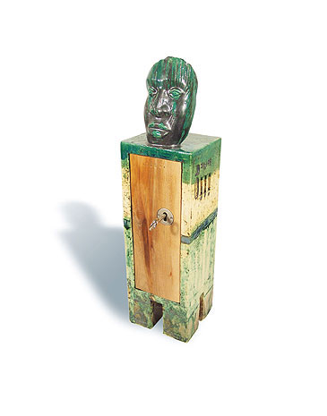 Fred Lange: Maskenschrank, Keramik